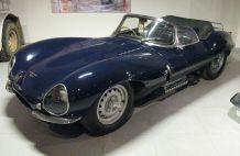 1024px-1957_Jaguar_XK-SS